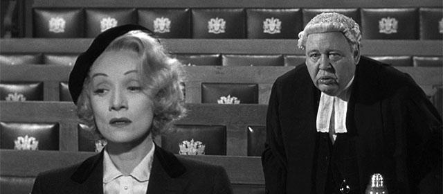 Marlène Dietrich et Charles Laughton dans Témoin à charge (1957)