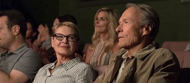 Dianne Wiest et Clint Eastwood dans La Mule (2019)
