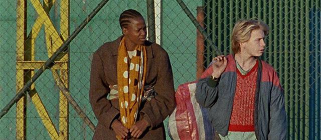 Assita Ouedraogo et Jérémie Renier dans La Promesse (1995)