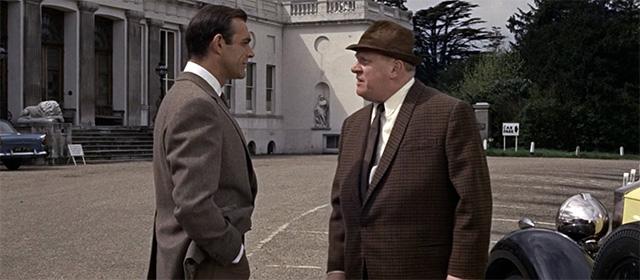 Sean Connery et Gert Fröbe dans Goldfinger (1964)