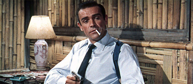 Sean Connery dans James Bond contre Dr. No (1962)