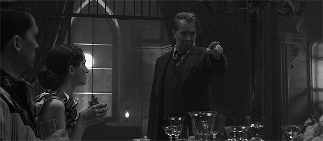 Gary Oldman dans Mank (2020)
