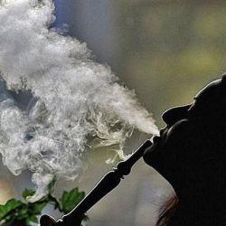 МЗ оправи проблемите на здравеопазването и се зае с пушачите