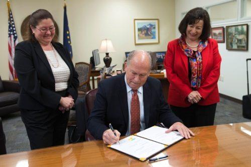 Governor Walker Signs Revenue and Reform Legislation into Law