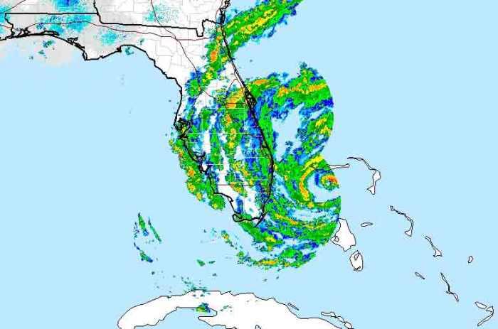Hurricane Matthew Barrels Through Bahamas After Killing 108 in Haiti