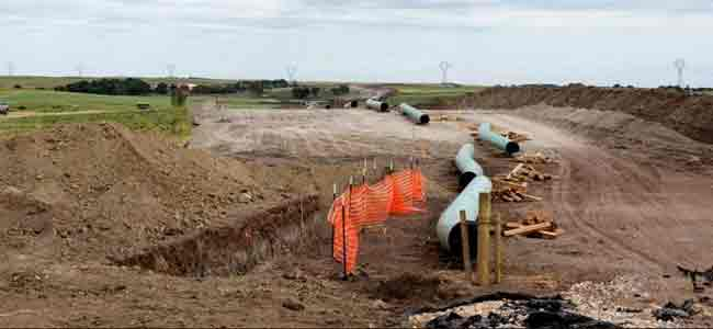 Work Resumes on Controversial Dakota Access Oil Pipeline