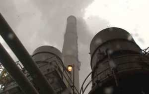 CO2 emissions at a power plant. Image-VOA