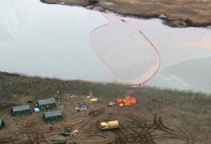 Putin Declares Federal Emergency After Diesel Fuel Spill in Arctic River That Could Take Decades to Recover