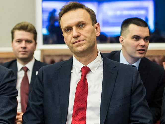 Germany Threatens Sanctions on Russia over Navalny Poisoning