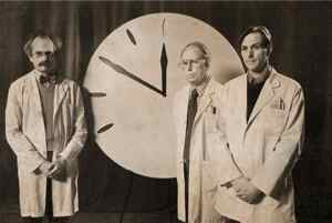 """In 1947, the members of the Science and Security Board of the Bulletin of the Atomic Scientists introduced the symbolic """"Doomsday Clock."""""""