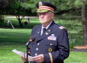 """Retired Army Lt. Col. Barnard Kemter attempted to share the history of Memorial Day at an event in Hudson, Ohio on Monday, noting that freed black slaves played a key role in marking the holiday after the Civil War. Organizers cut his mic, saying Kemter's discussion of black history was """"not relevant."""" (Photo: screenshot)"""