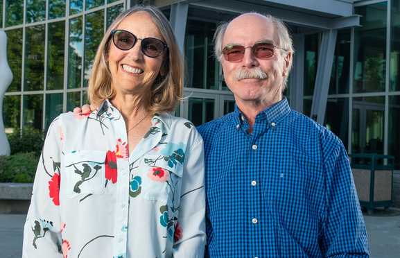 Business leaders Gary and Jane Klopfer donate $1M   to UAA College of Business and Public Policy