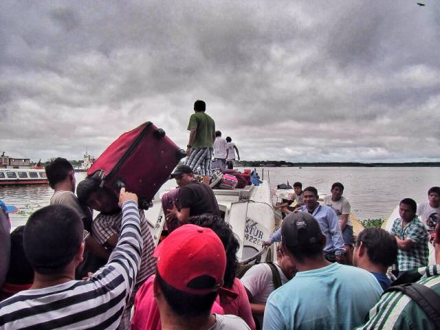 Venematkan päätteeksi arvotaan laukut oikeille omistajilleen