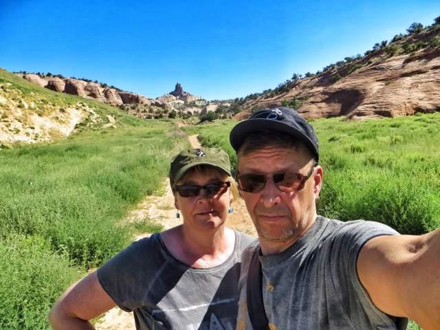 Taustalla näkyvälle Church Rockille olisi ollut matkaa kolme mailia. Tyydyimme käymään puolimatkassa.