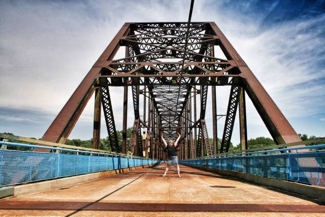 Chain of Rocks -silta yli Mississippin. Nykyisin kävelysiltana.