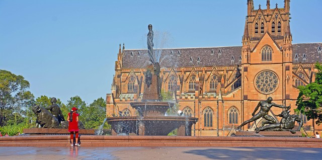 Main Fountain and St Mary's Cathedral