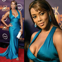 Vivica A. Fox will get her own fashion reality show on VH1 this summer.