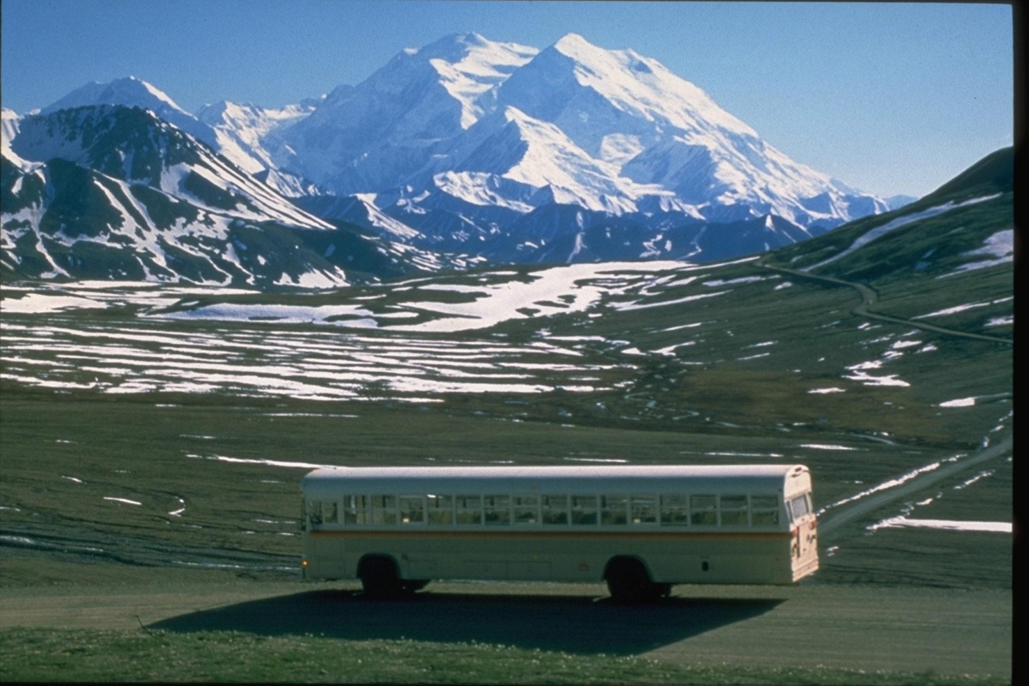 Northern Lights Bus