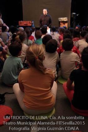 UN-TROCITO-DE-LUNA--A-la-Sombrita--FITSevilla2015--CDAEA