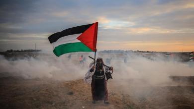 صورة محاكمةٌ للفلسطينيين باطلةٌ وانقلابٌ عليهم مشينٌ