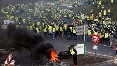 صورة احتجاجات فرنسا تتجدد.. محرقة قمع المسلمين تحرق الشارع الفرنسي