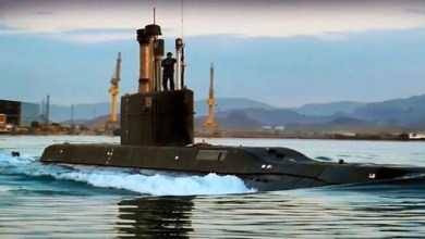 صورة الغواصات الإيرانية والإستعداد لخوض معارك عابرة للمنطقة