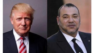 صورة المجرمون يتبادلون الهدايا والأوسمة.. ترامب يمنح ملك المغرب وسام الاستحقاق المرموق