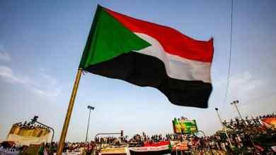 صورة قرار سودان بفصل الدين عن الدولة یثیر تساؤلات عما إذا كانت العلمانية هي الحل لمشاکل البلاد؟
