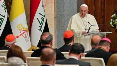 صورة إصبع على الجرح ..  البابا بين خفّة بغداد وثقل النجف