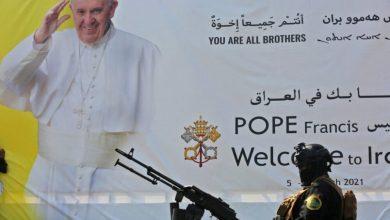 صورة إصبع على الجرح .. الغلابه وزيارة البابا