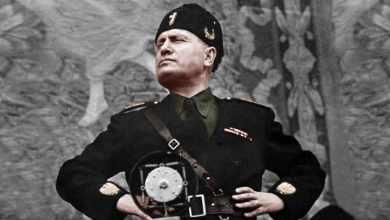 صورة في الذكرى الثامنة عشر لسقوط الفاشية