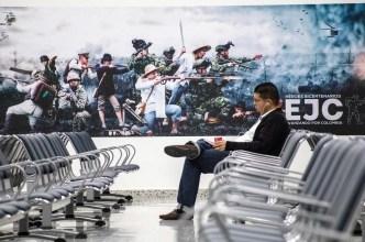 """صورة """"إل سالتو دياريو"""" الإسباني: بنوك أمريكية وأوروبية متورطة بقتل أبناء الشعب اليمني"""