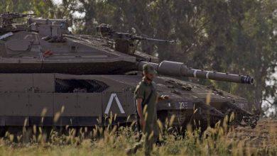"""صورة مسؤولون """"إسرائيليون"""" كبار يشككون في فاعلية سياسة العمليات ضد إيران"""