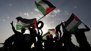 صورة سيف القدس بيد وحدة الشعب الفلسطيني