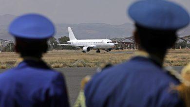 صورة فتح مطار صنعاء حق مشروع دون شروط