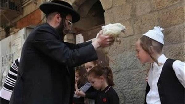 صورة الغفرانُ اليهوديُ يحققُه الصدقُ ويثبتُه الفعلُ