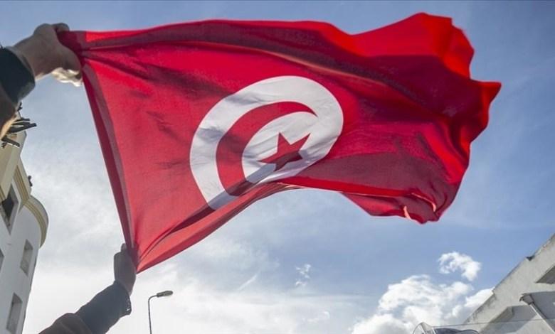 صورة تونس..غير منحاز لأحد