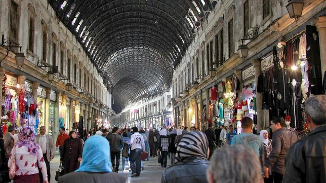 Souq Hamediyeh, el más importante en Damasco lleno de gente durante Ramadán