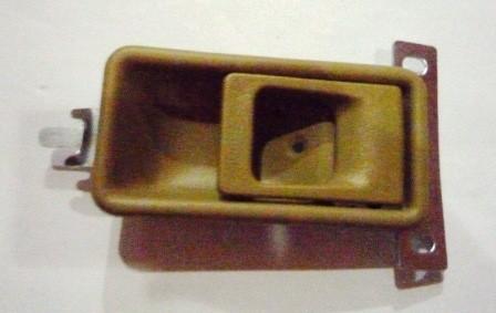 DOOR HANDLE INNER LEFT HAND BROWN M/ L300