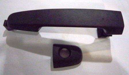 DOOR HANDLE OUTER RIGHT HAND T/INNOVA FRONT BLACK