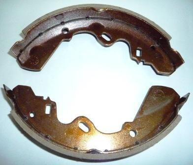 BRAKE SHOE ASSY I/ KBD 26 REAR