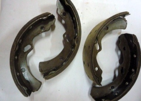 BRAKE SHOE ASSY M/ PS120 FRONT