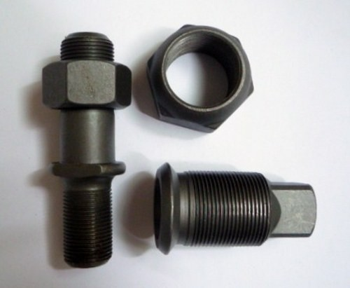 HUB BOLT AND NUT M/PS190 RIGHT HAND REAR