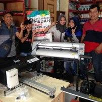 Pelanggan dari Kota Simalungun borong peralatan sablon digital