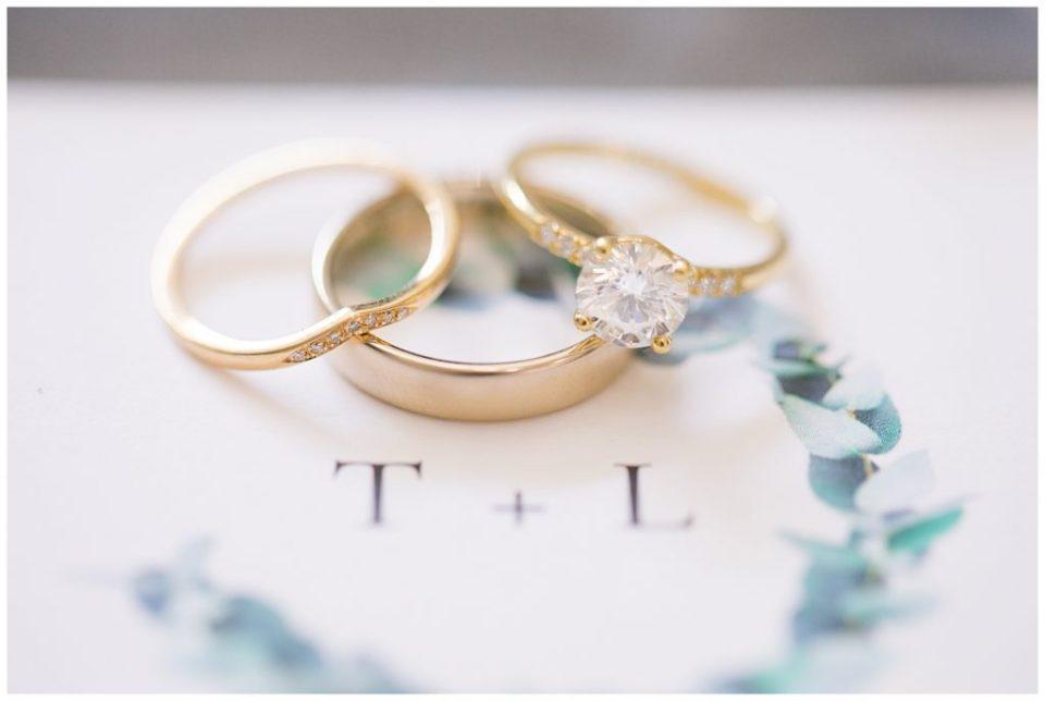 gold and diamond wedding bands