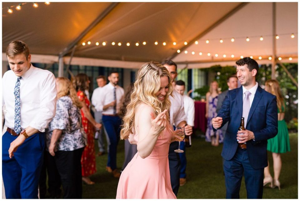 guests dancing at dock 580 reception