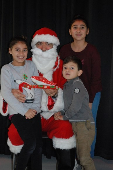 Mina , Talia et leur petit frère