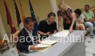 Santiago Cabañero firma convenio con José Antonio, Aspaym, lesionados medulares