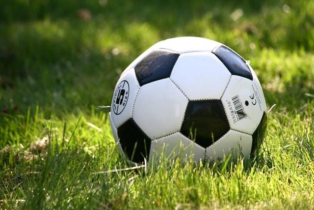 Fallece un jugador de fútbol mientras disputaba un partido en Villarrobledo