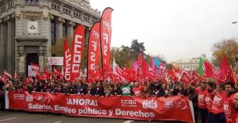 Más de 200 empleados públicos de la región se manifiestan por sus derechos laborales